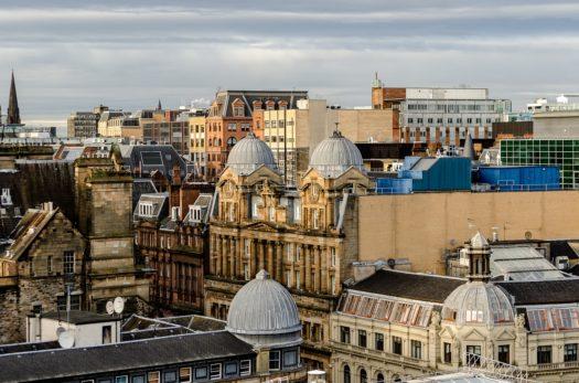 Le Voyage en Écosse de Bobby | Épisode 1 Glasgow