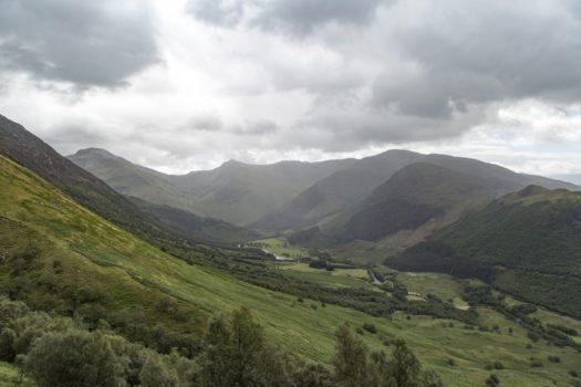 Ben Nevis (1345 mètres emblématiques de l'Écosse)